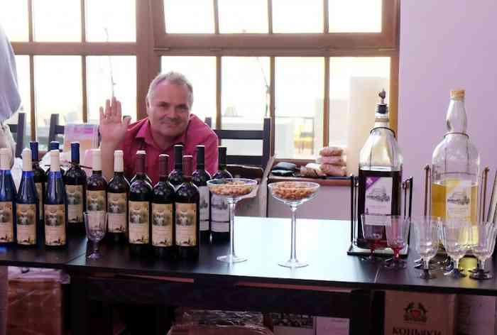 Под Угличем прошел фестиваль сыра и «гаражного» вина